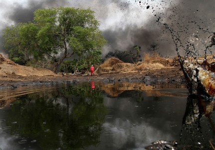 Nigeria-oil-spill-terrorism-lawsuit