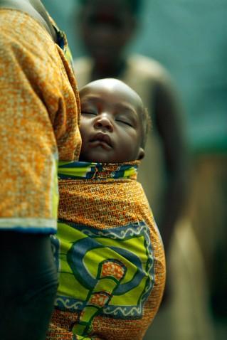http://www.michaelmccabe.com/portfolio/documentary.html -Baby in an IDP Camp - Congo (DRC)