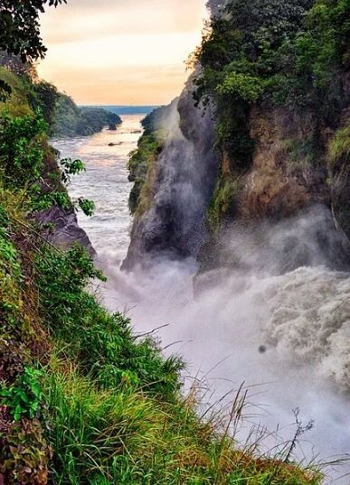 @SarahKagingo Spectacular view of Murchison Falls in #Uganda. 📷 #havetoseeit #SaveMurchisonFalls
