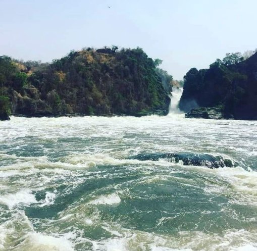 Kyatuka Pearl @Pearl07606087 This beauty can't be destroyed just like that in the name of making a new dam. We shall use solar if that's the case. #savemurchisonfalls